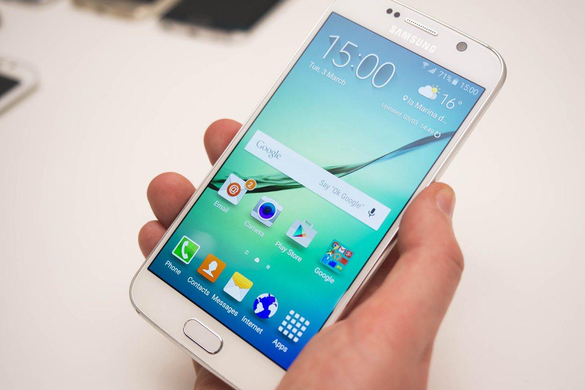 Фотография задней части Samsung Galaxy S7 и S7 edge просочилась в Интернет