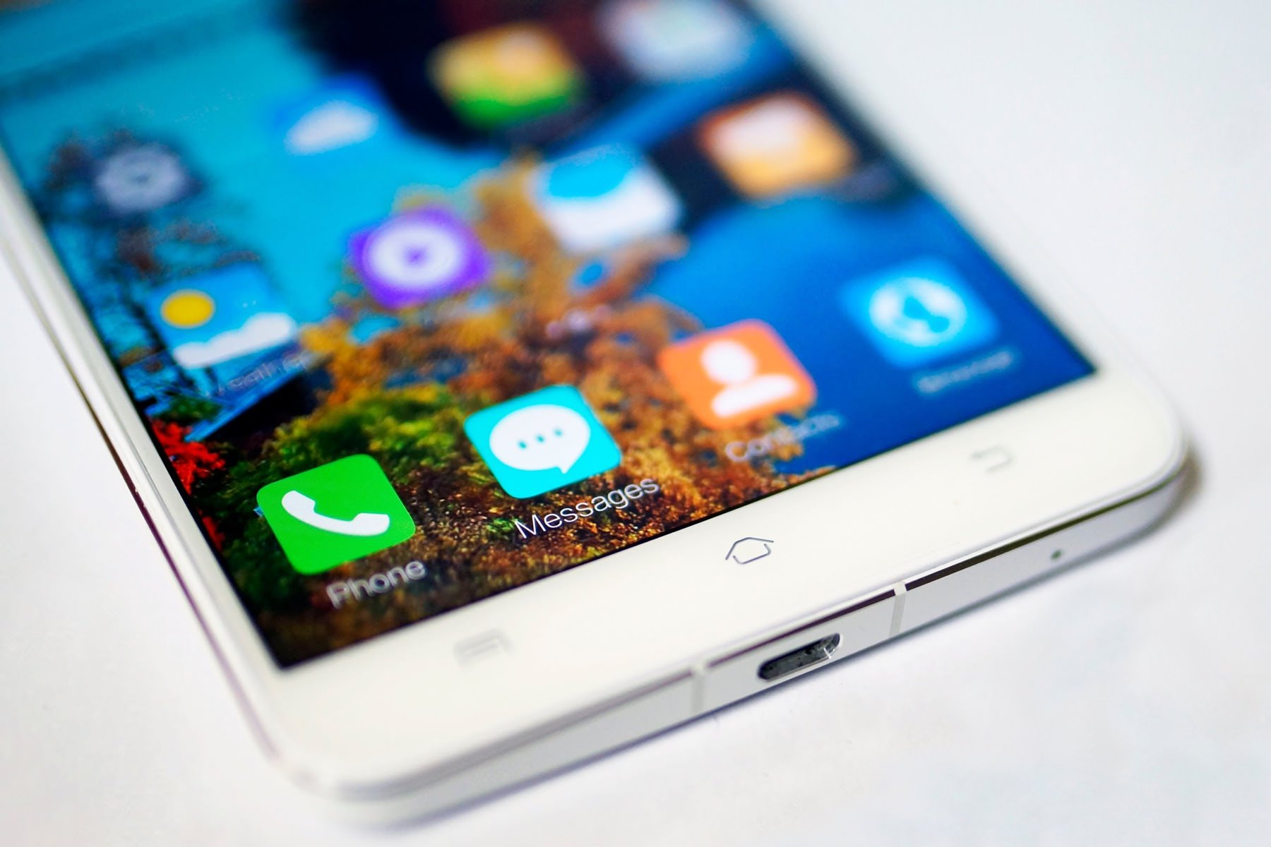 Живые фотографии смартфона с 6 Гб памяти Vivo Xplay 5 попали в Интернет