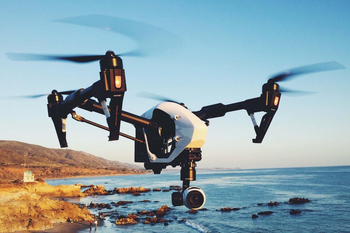 Квадрокоптер Xiaomi Mi Drone будет управляться с помощью браслета Mi Band