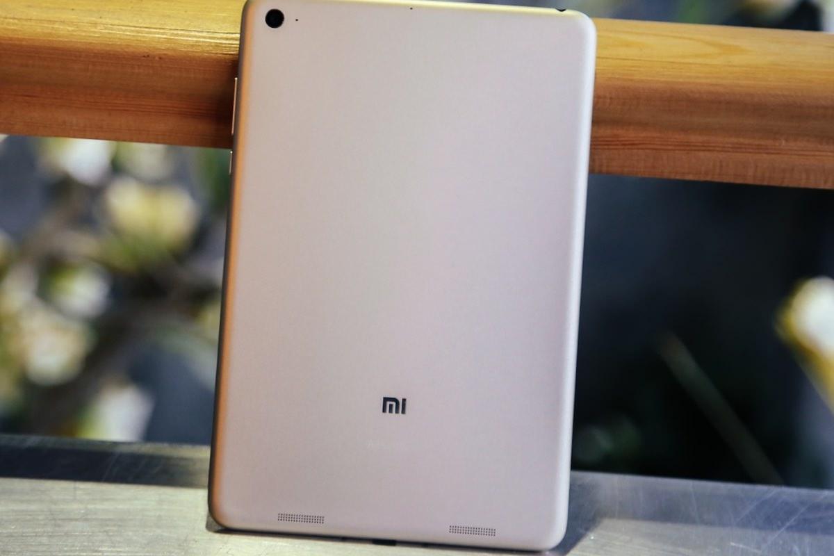 В магазине GearBest открылся предзаказ на Xiaomi MiPad под управлением Windows 10