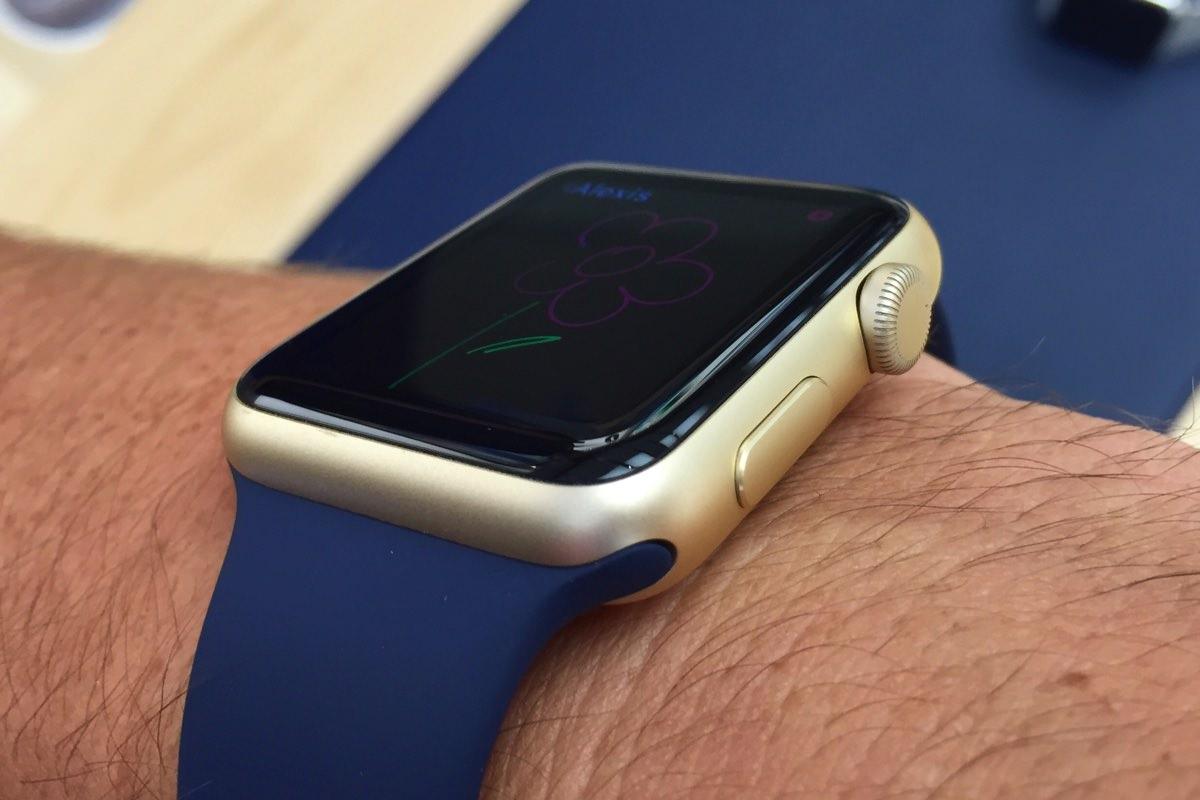 Смарт-часы Apple Watch подешевели до $299