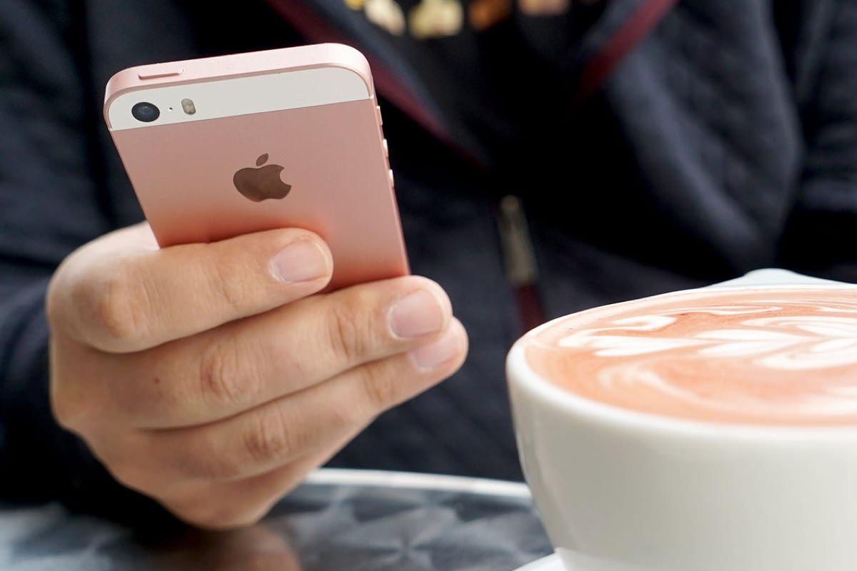 Эксперты объяснили высокую стоимость iPhone SE