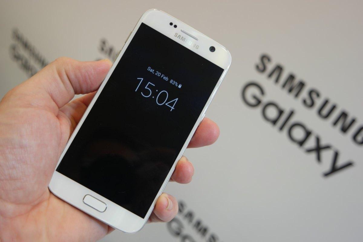 Смартфоны Samsung Galaxy S7 и S7 edge могут оказаться в дефиците