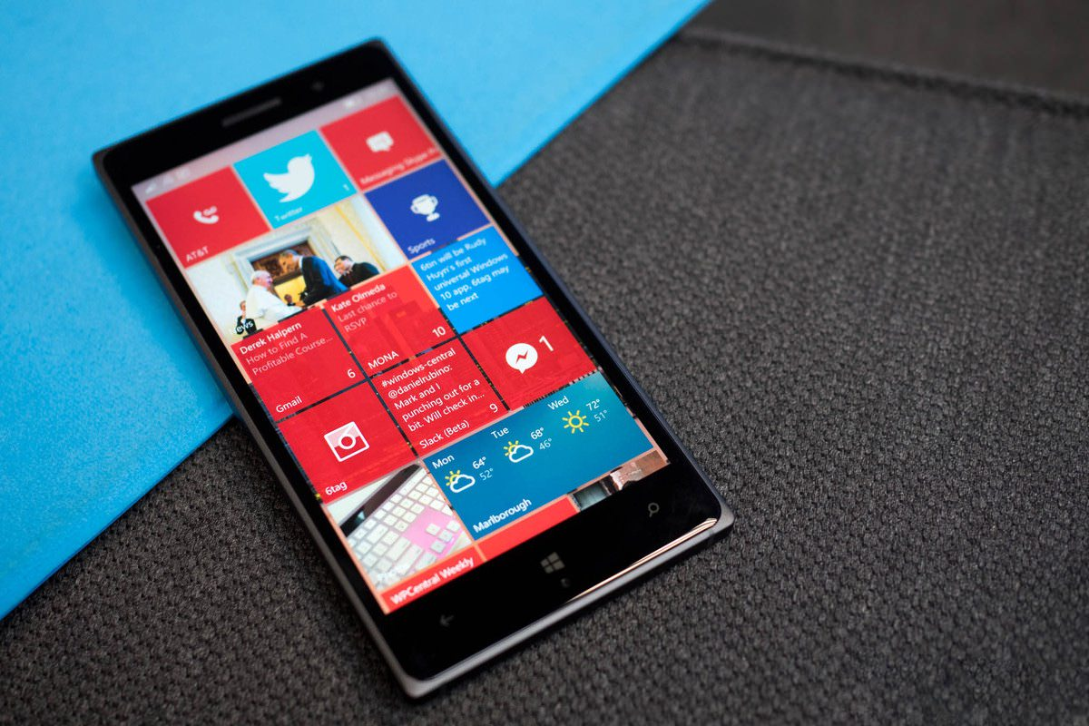 HTC не станет выпускать флагманский смартфон на Windows 10 Mobile
