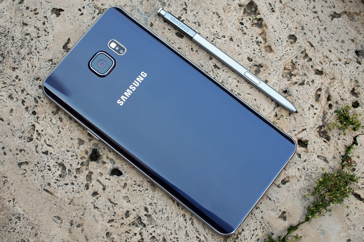 Дата выхода Android 6.0.1 Marshmallow для Samsung Galaxy Note 5 и Galaxy S6 edge+ перенесена
