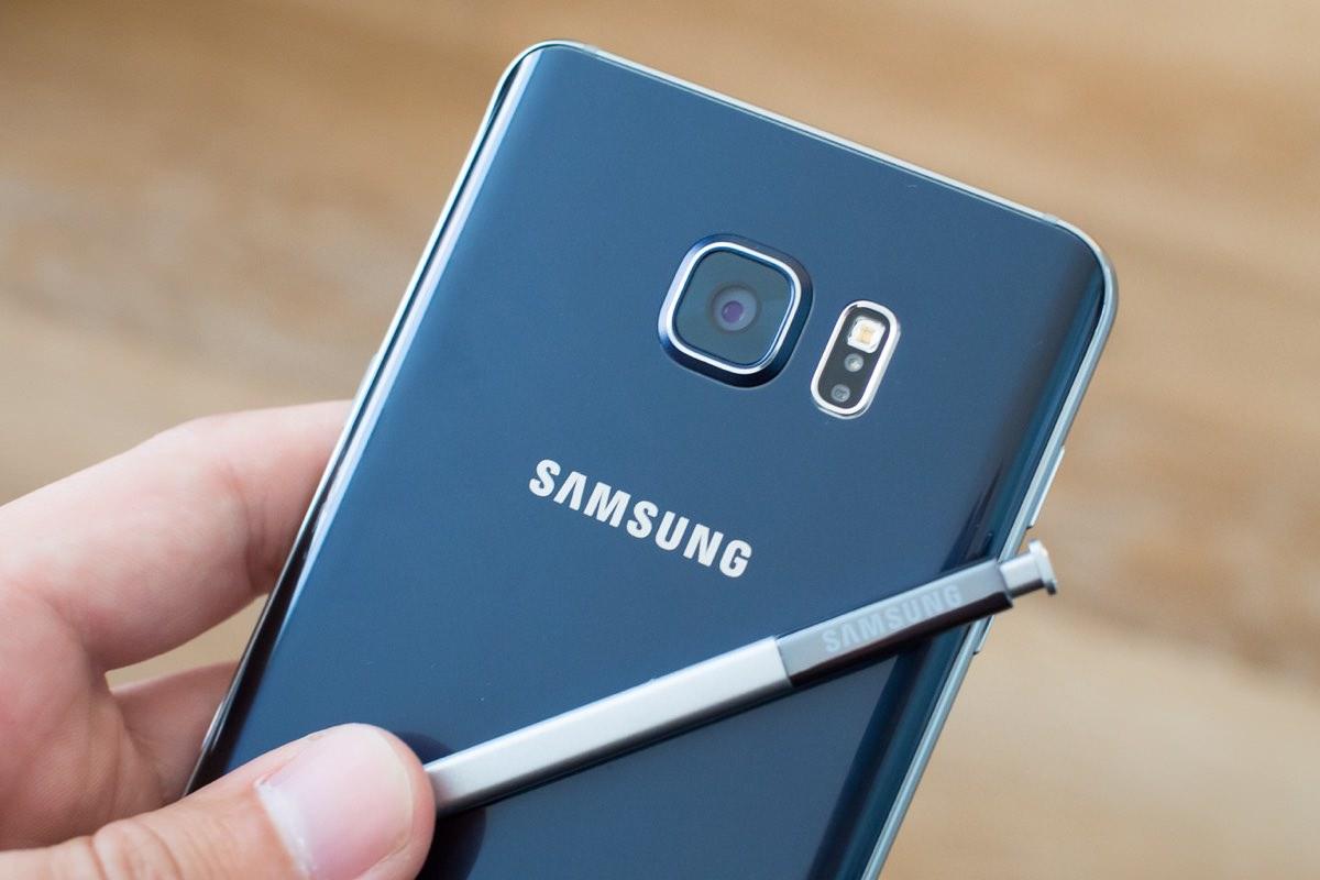 Samsung Galaxy Note 6 появится на рынке в июле
