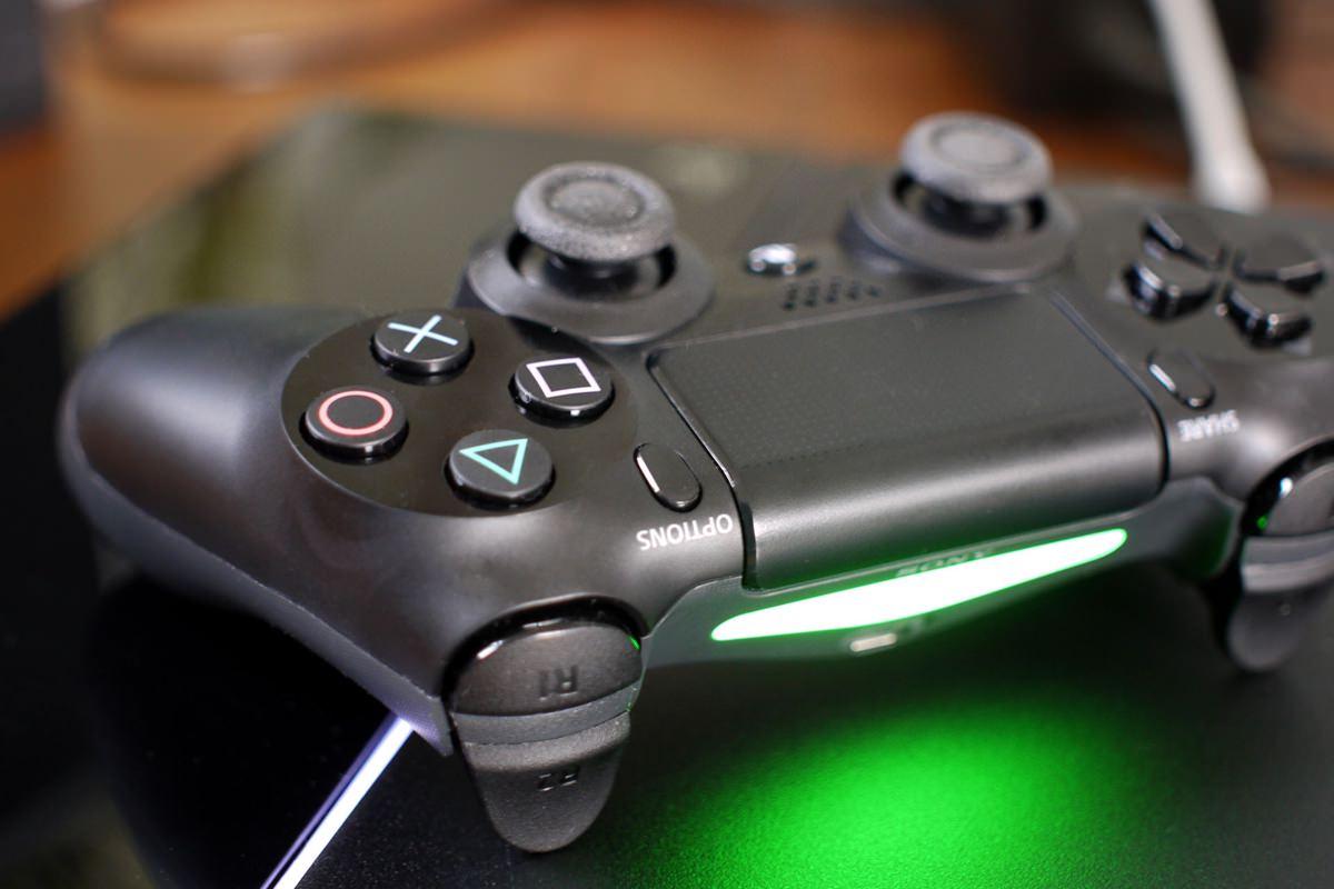 Sony работает над улучшенной версией консоли PS4