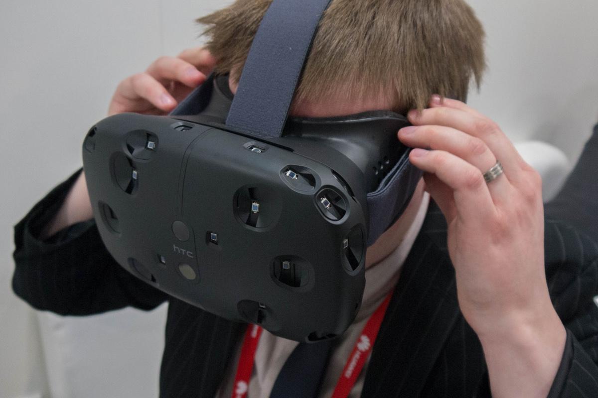 Steam добавлять в игры совместимость с очками виртуальной реальности VR