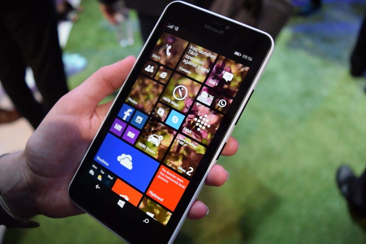 Microsoft запустила обновление смартфонов Lumia до Windows 10 Mobile