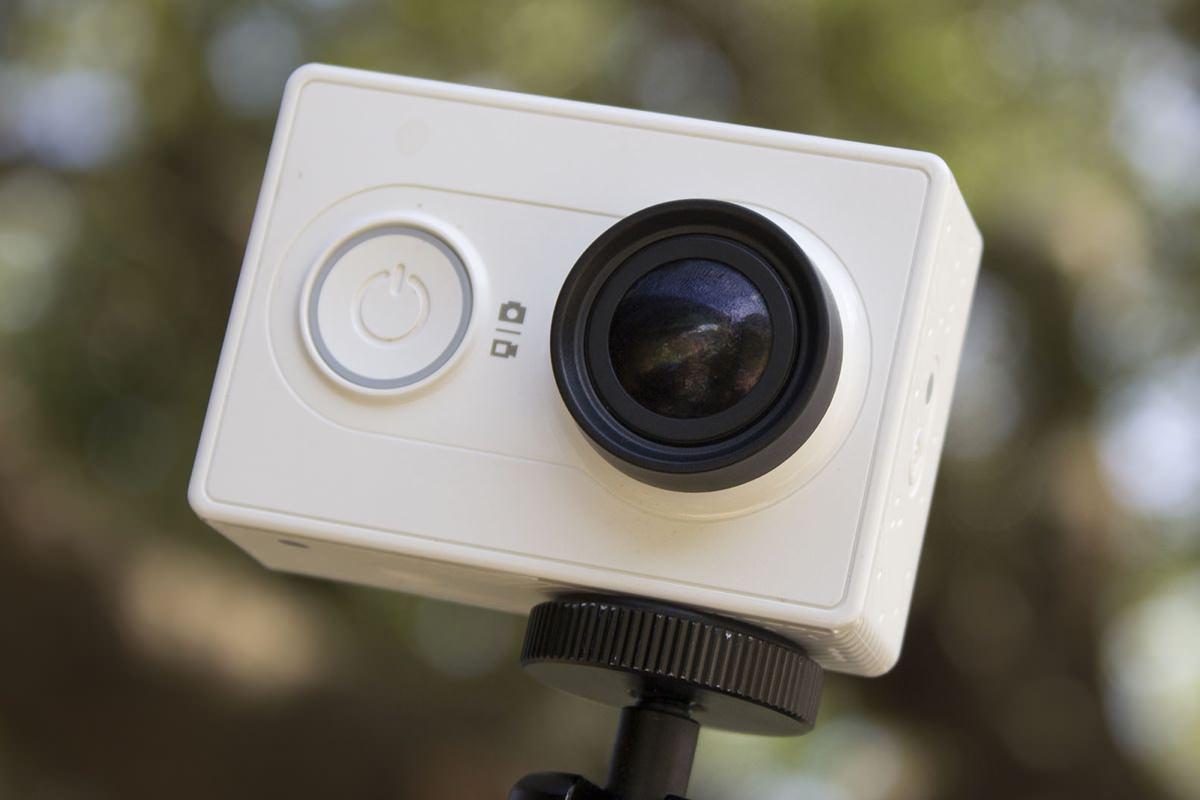 Камера Xiaomi Yi начала официального продаваться в России