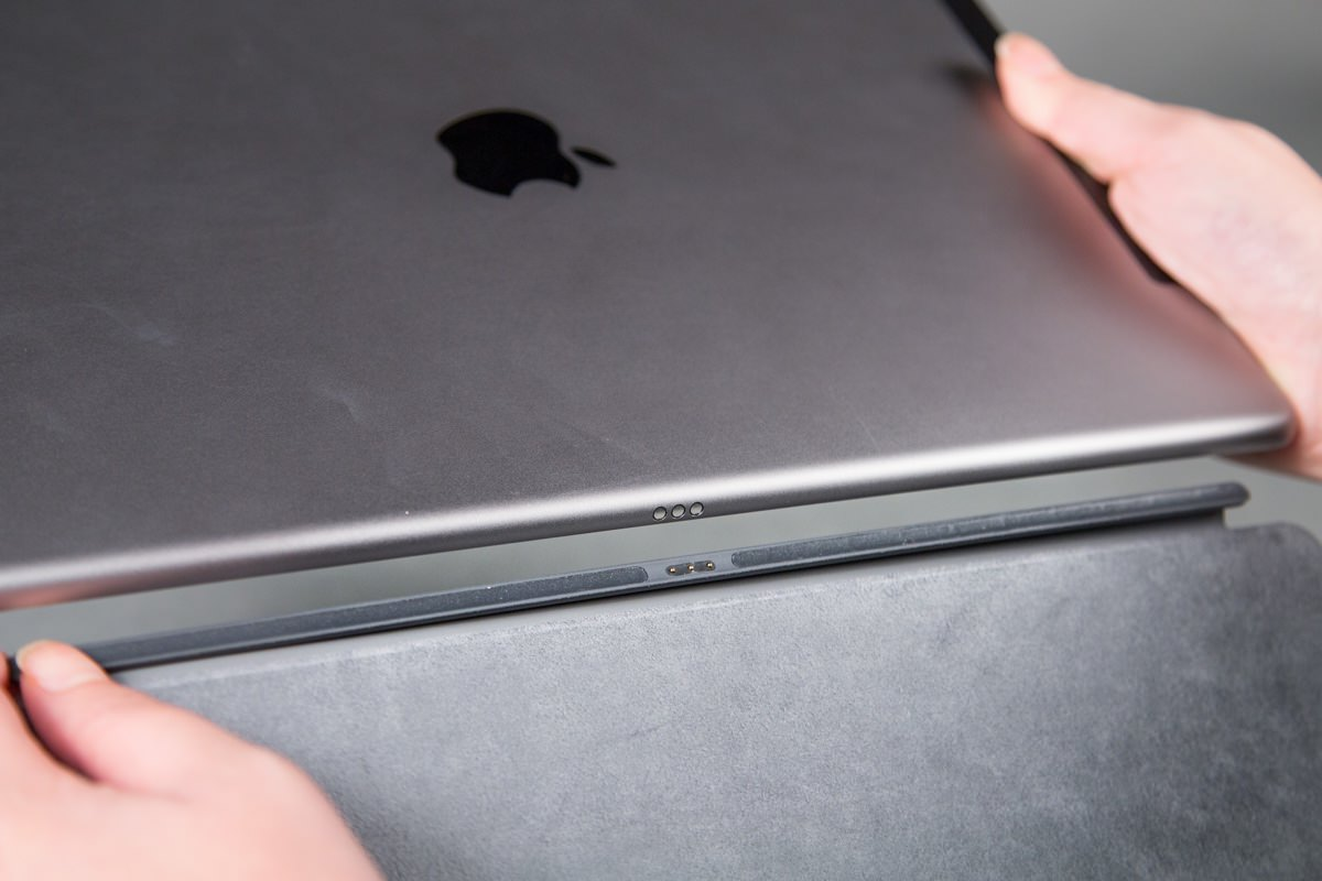Зачем iPhone 7 нужен разъем Smart Connector от iPad Pro?