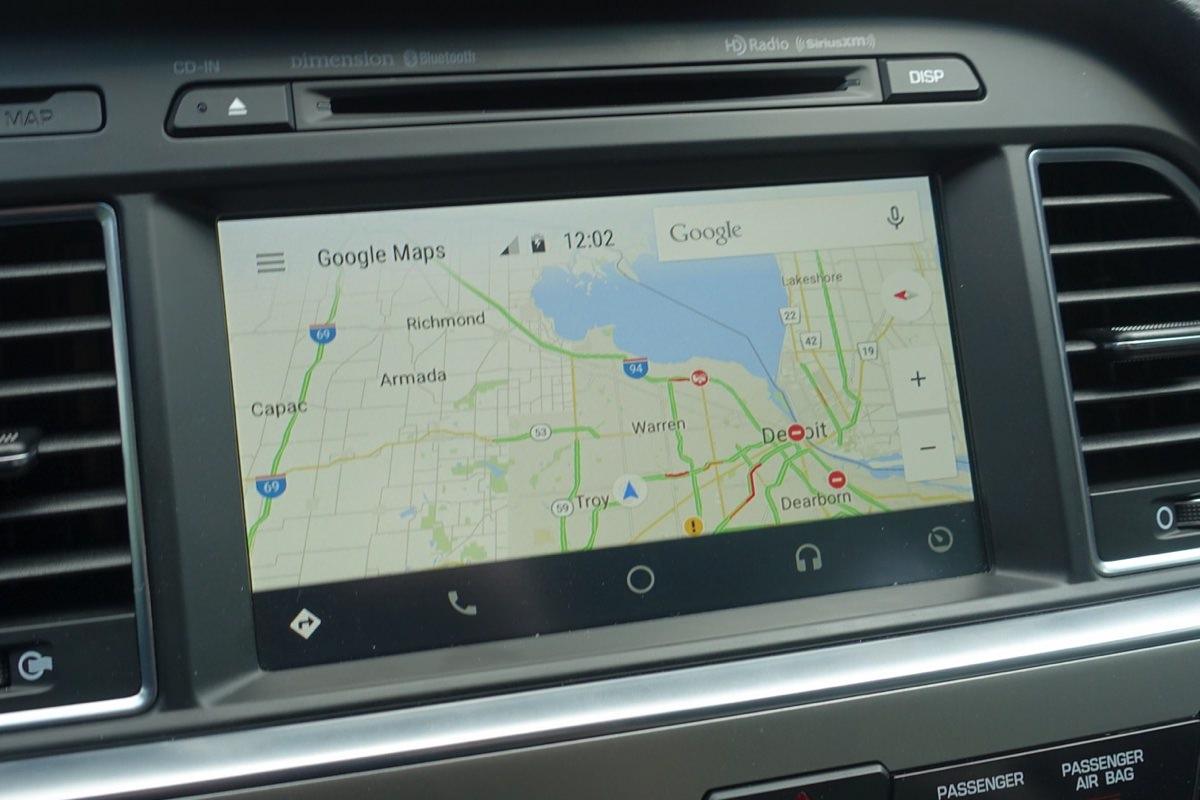 Google запустила Android Auto в России