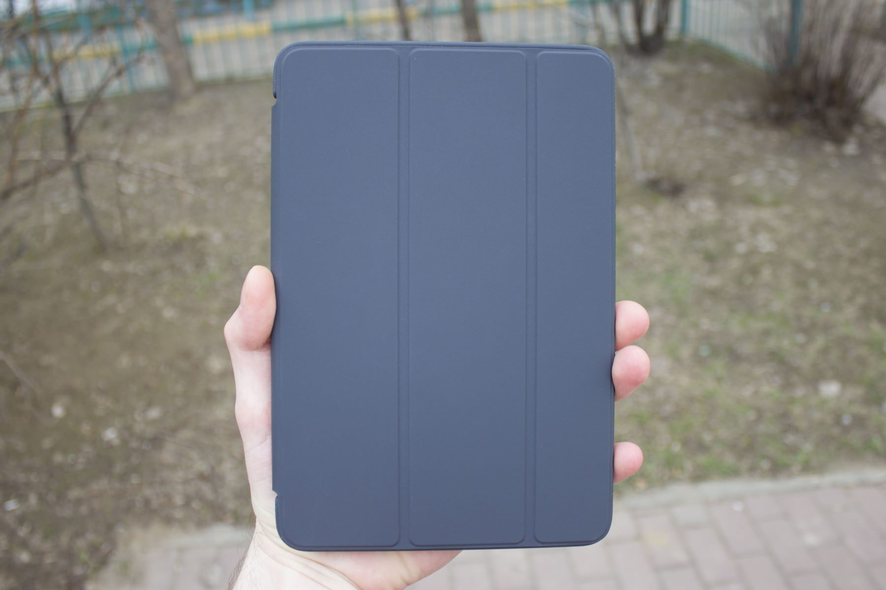 Обзор Apple Smart Cover для iPad mini 4