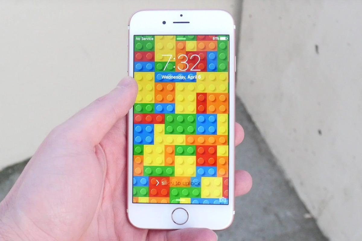 Конструктор LEGO спас iPhone 6s при падении с 30 метровой высоты