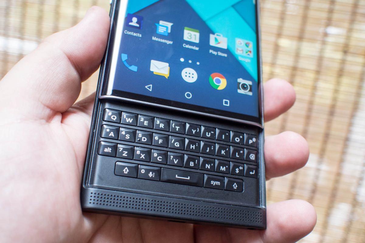 BlackBerry выпустит два смартфона до конца 2016 года