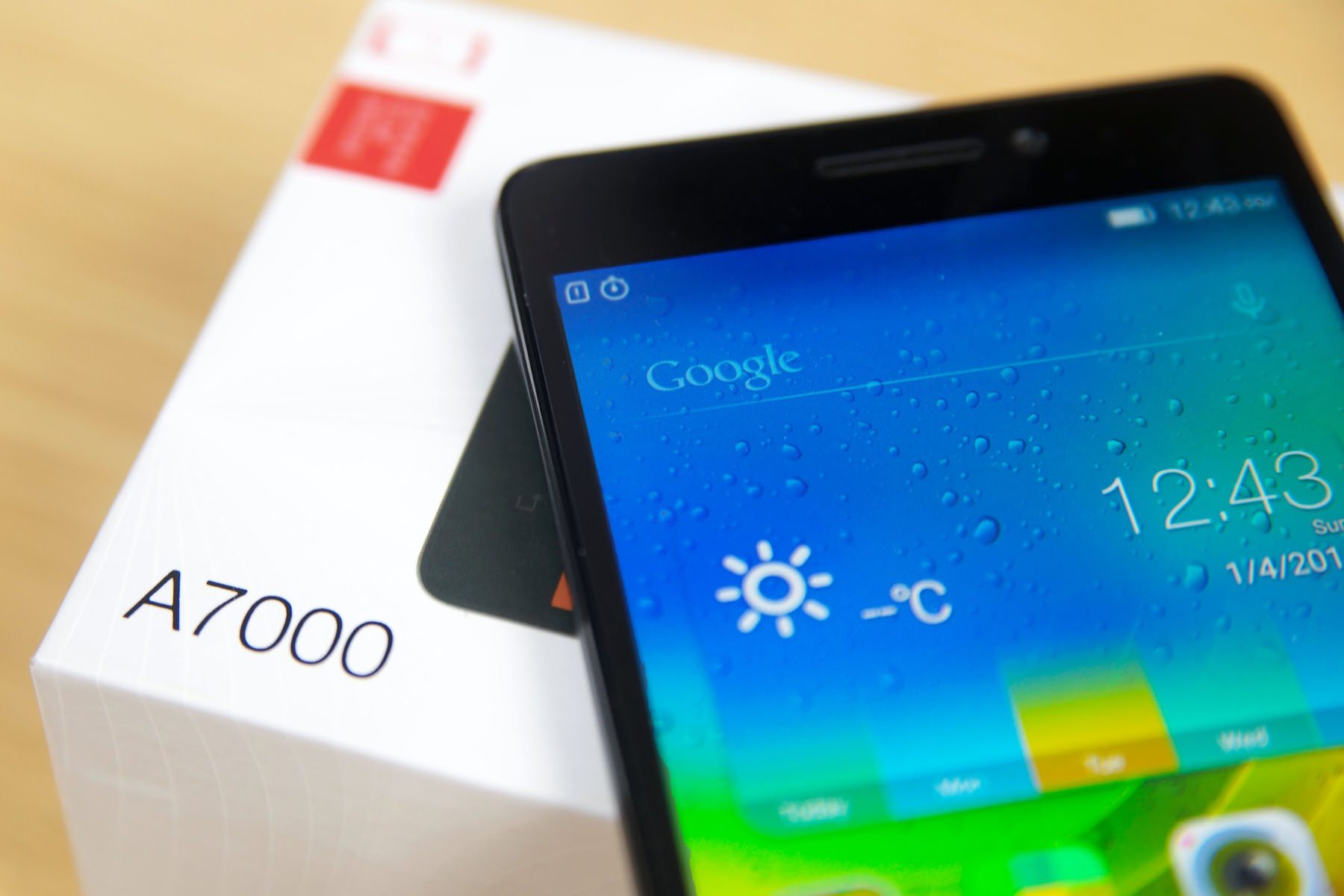 Бюджетный Lenovo A7000 начал обновляться до Android 6.0 Marshmallow