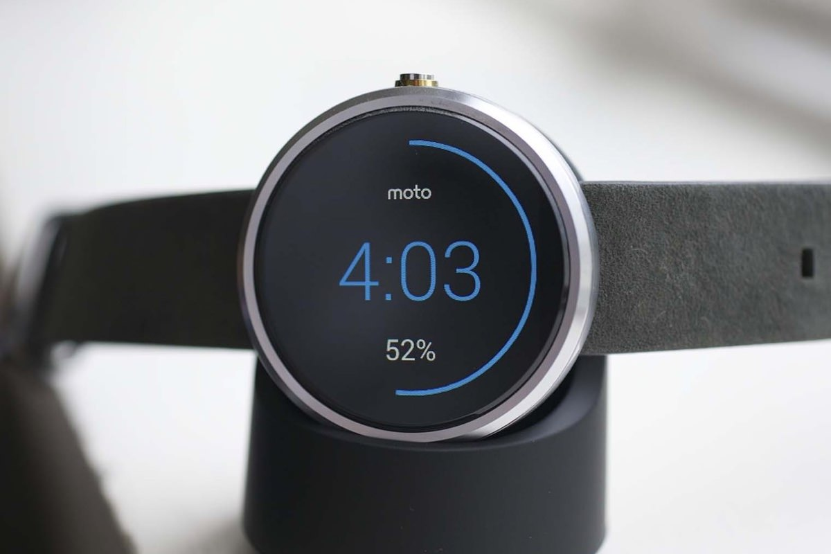 Смарт-часы Morotola Moto 360 едут в Россию