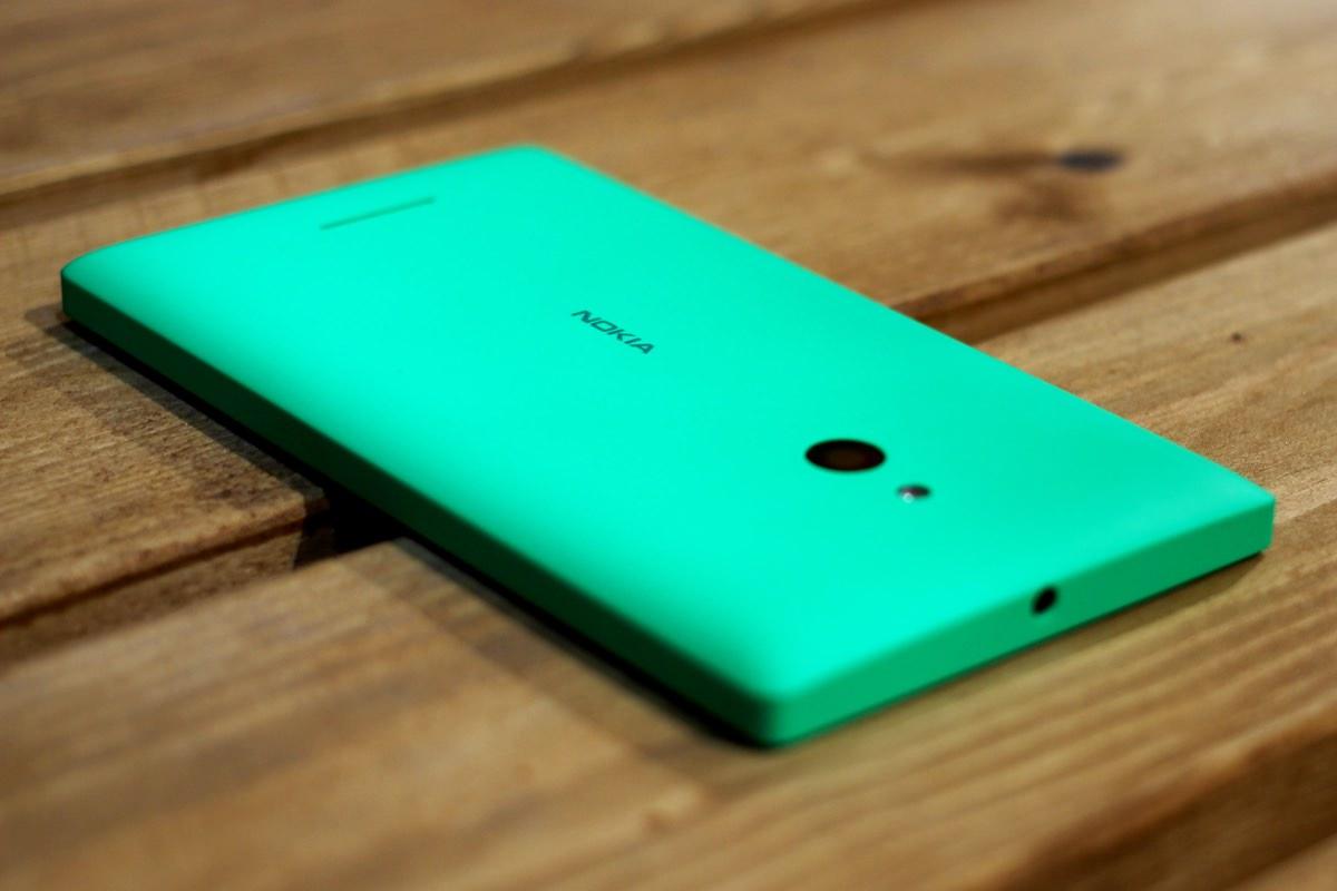 Nokia выпустит бюджетный смартфон A1 на Android 6.0