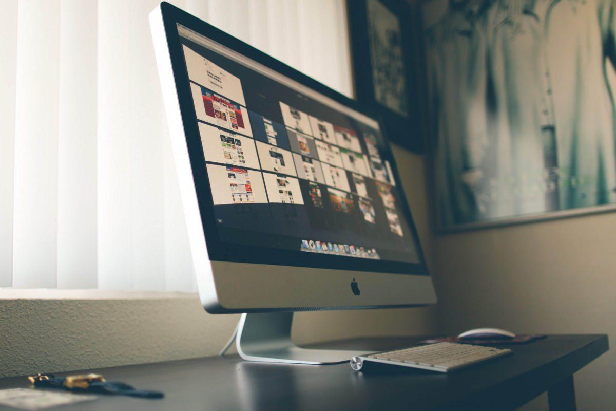 Жители России начали скупать компьютеры Mac на OS X