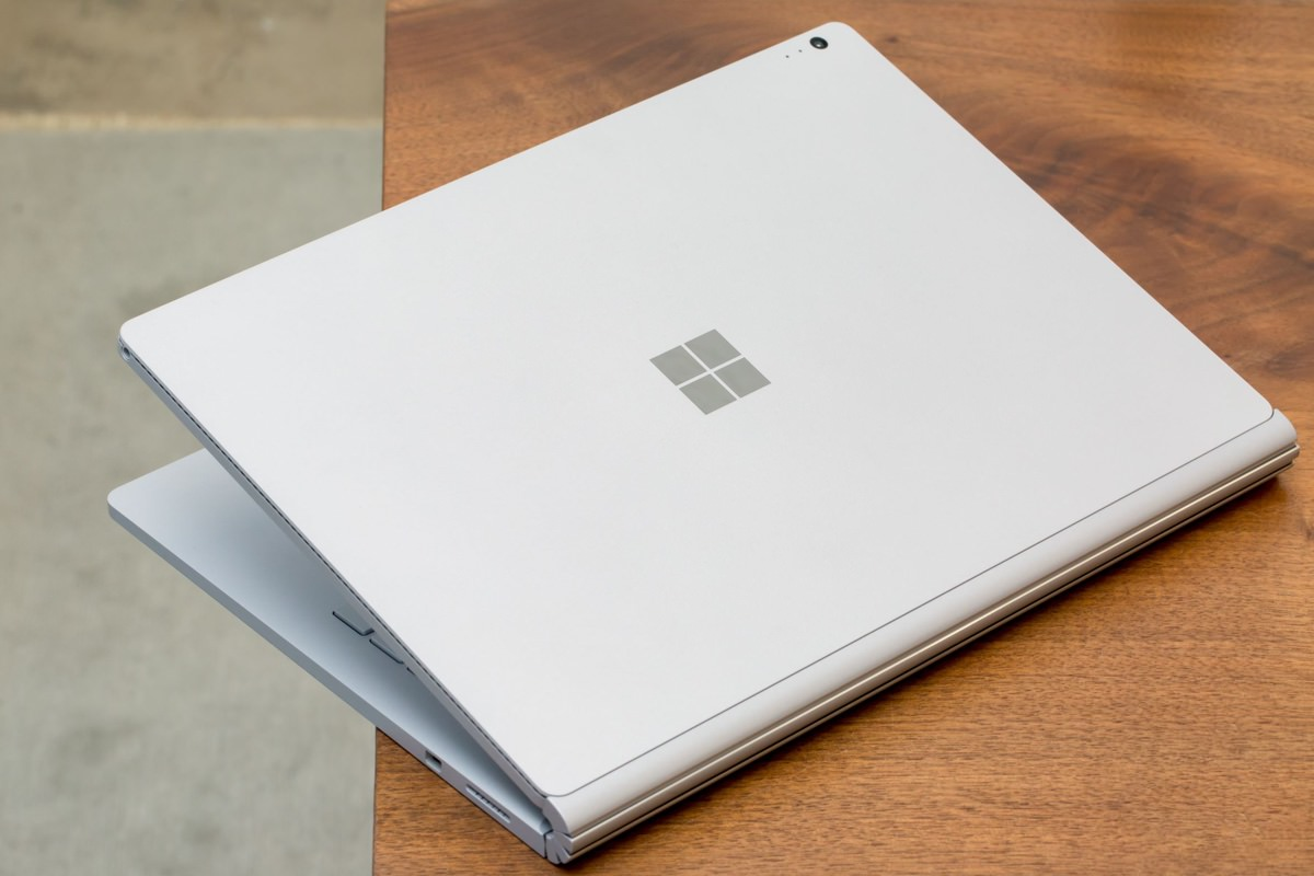 Выход ультрабука Microsoft Surface Book 2 задержится
