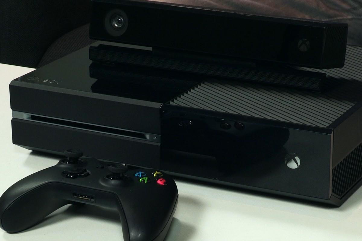 Xbox One научится запускать игры от Xbox 360 на нескольких дисках