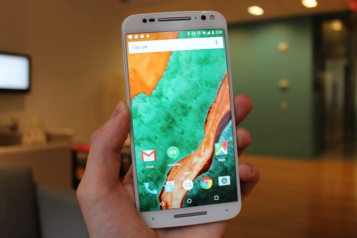 Новый смартфон Motorola Moto X получит металлический корпус