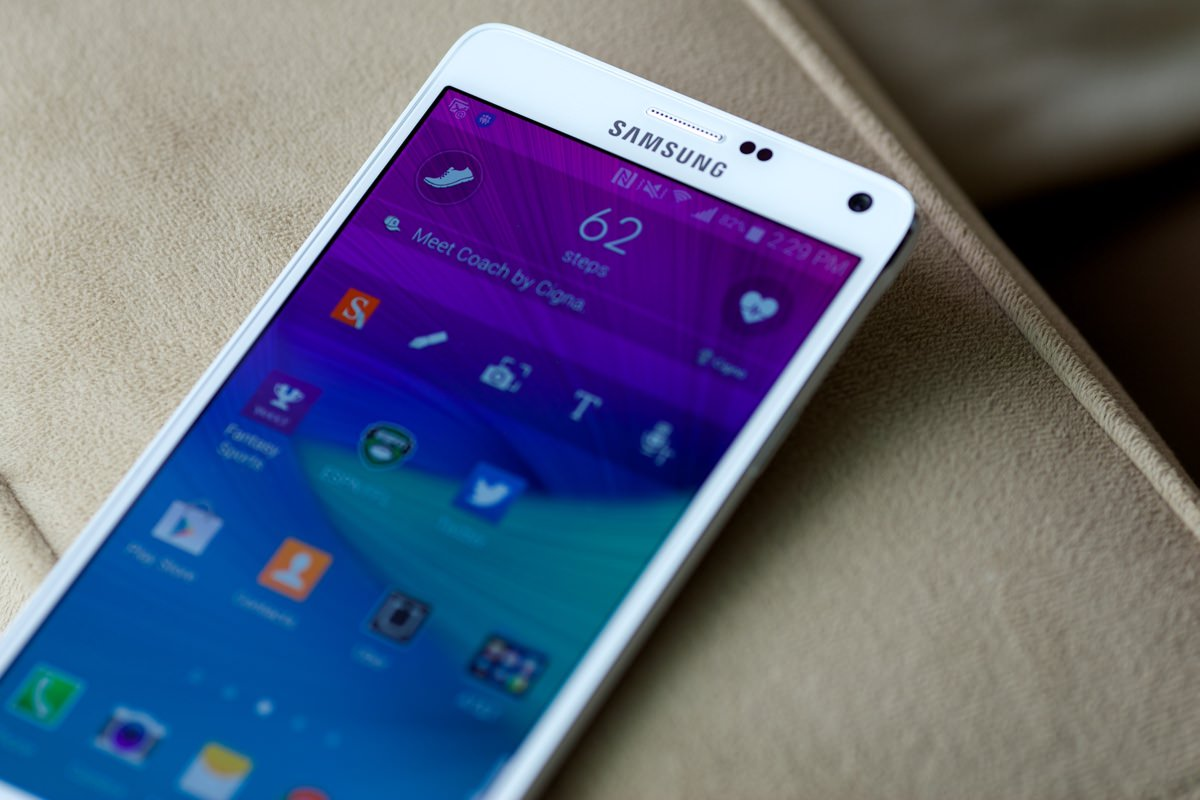 Смартфон Samsung Galaxy Note 4 обновят до Android 6.0.1 Marshmallow в конце мая