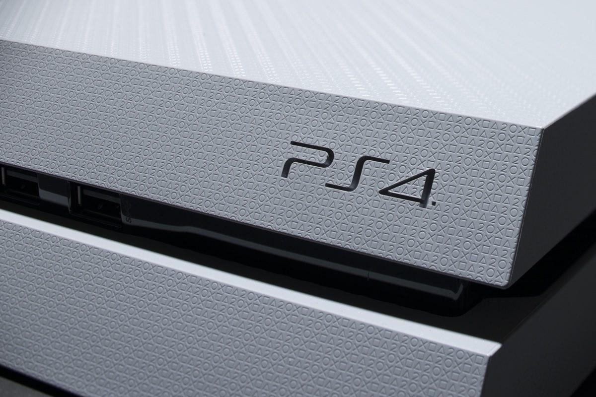 За один год Sony продала 18 миллионов игровых приставок PS4