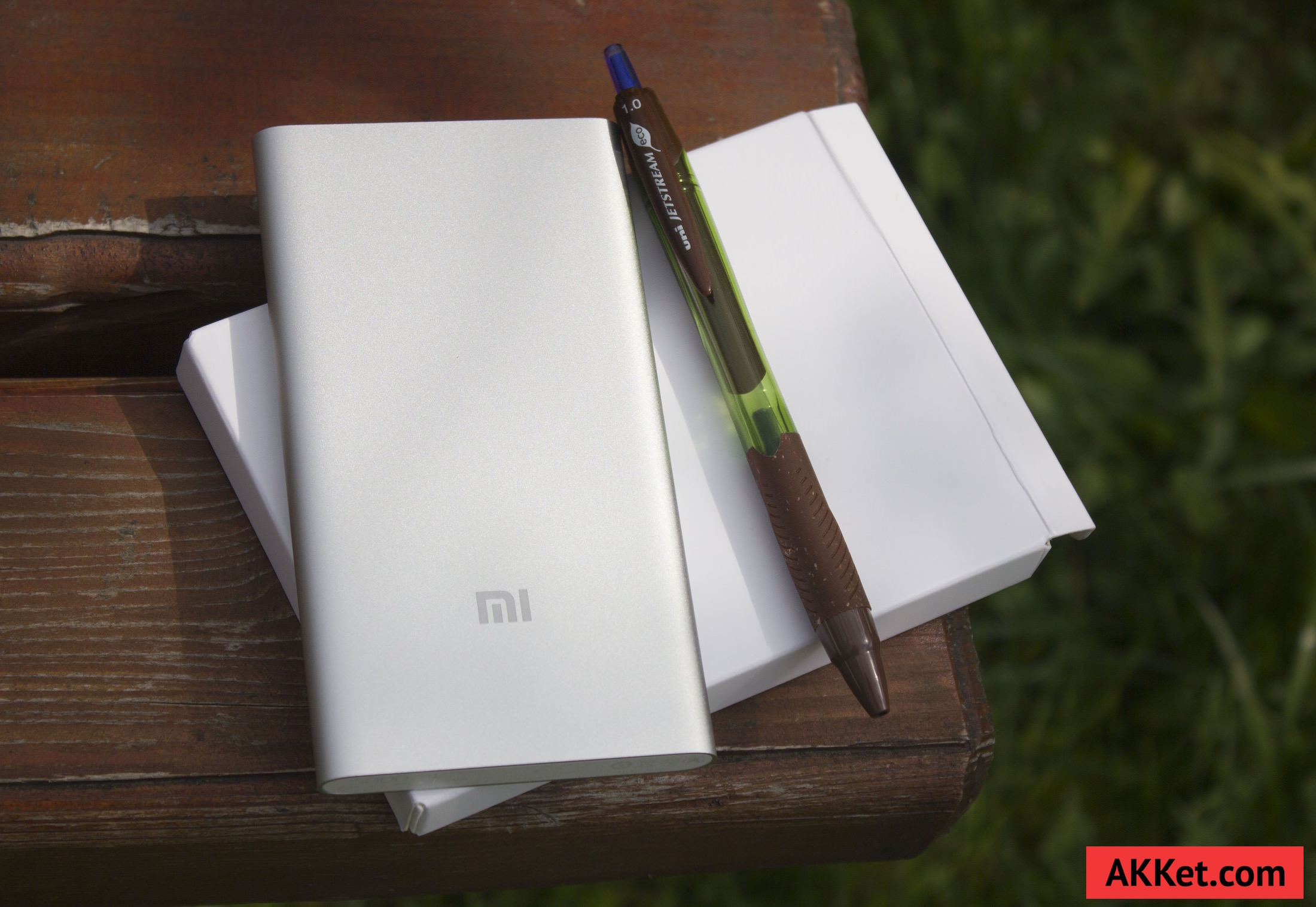 Xiaomi Mi Power Bank 5000 mAh Review iPhone 6