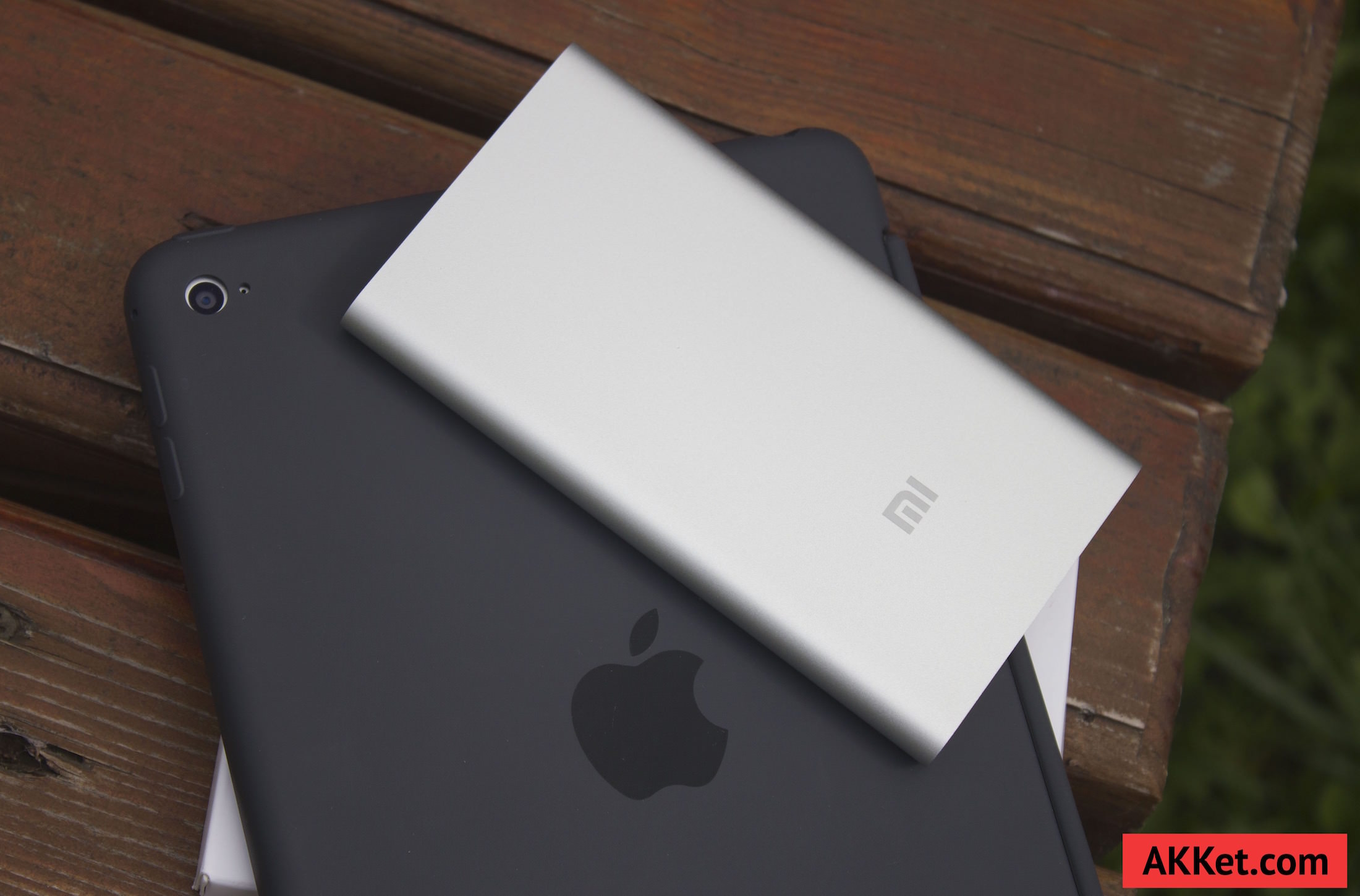 Xiaomi Mi Power Bank 5000 mAh Review iPhone 9