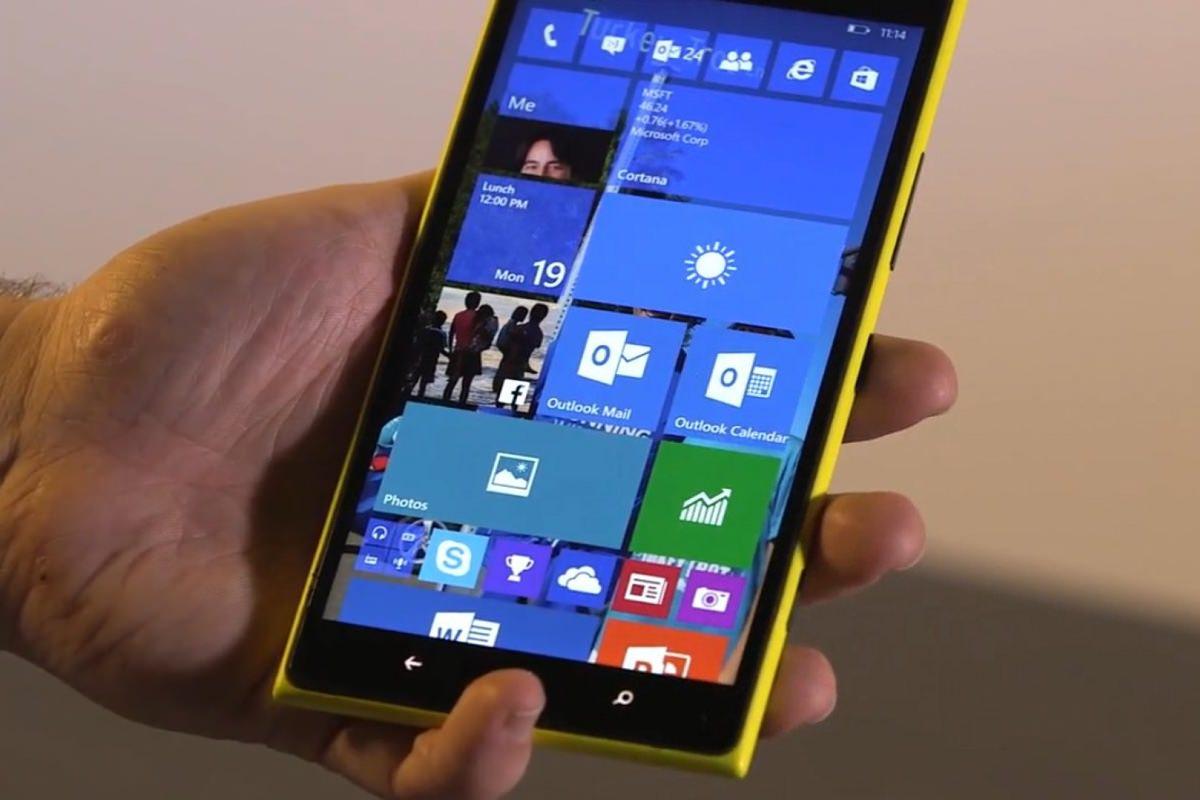 Разблокировка по двойному тапу вернется в смартфоны Microsoft Lumia