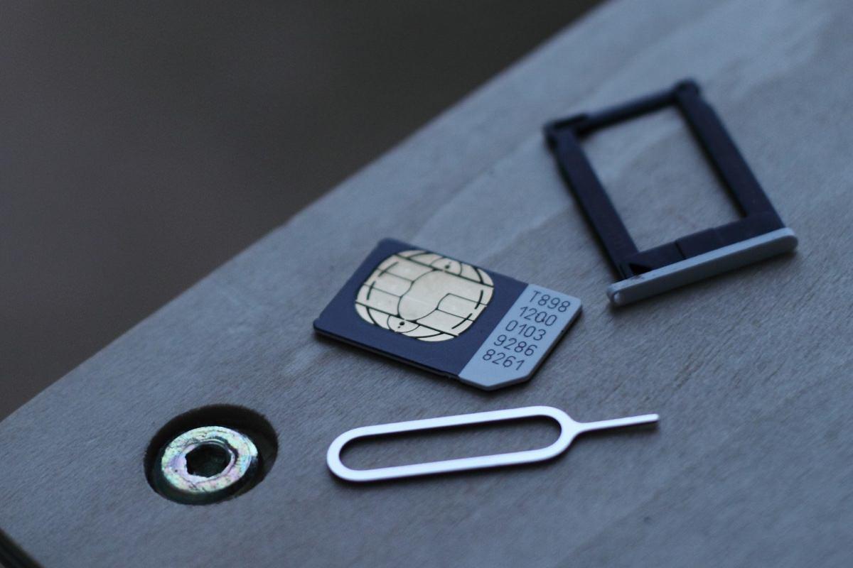 Мобильный интернет Apple SIM заработал в России