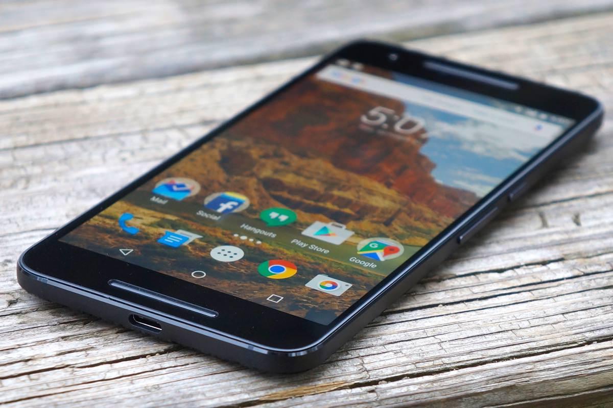 Смартфоны Nexus продолжат выпускать партнеры Google