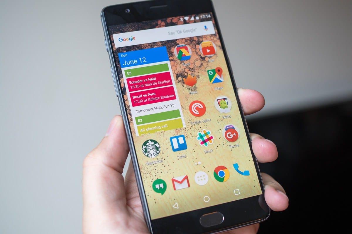 Красная расцветка OnePlus 3 вскоре поступит в продажу