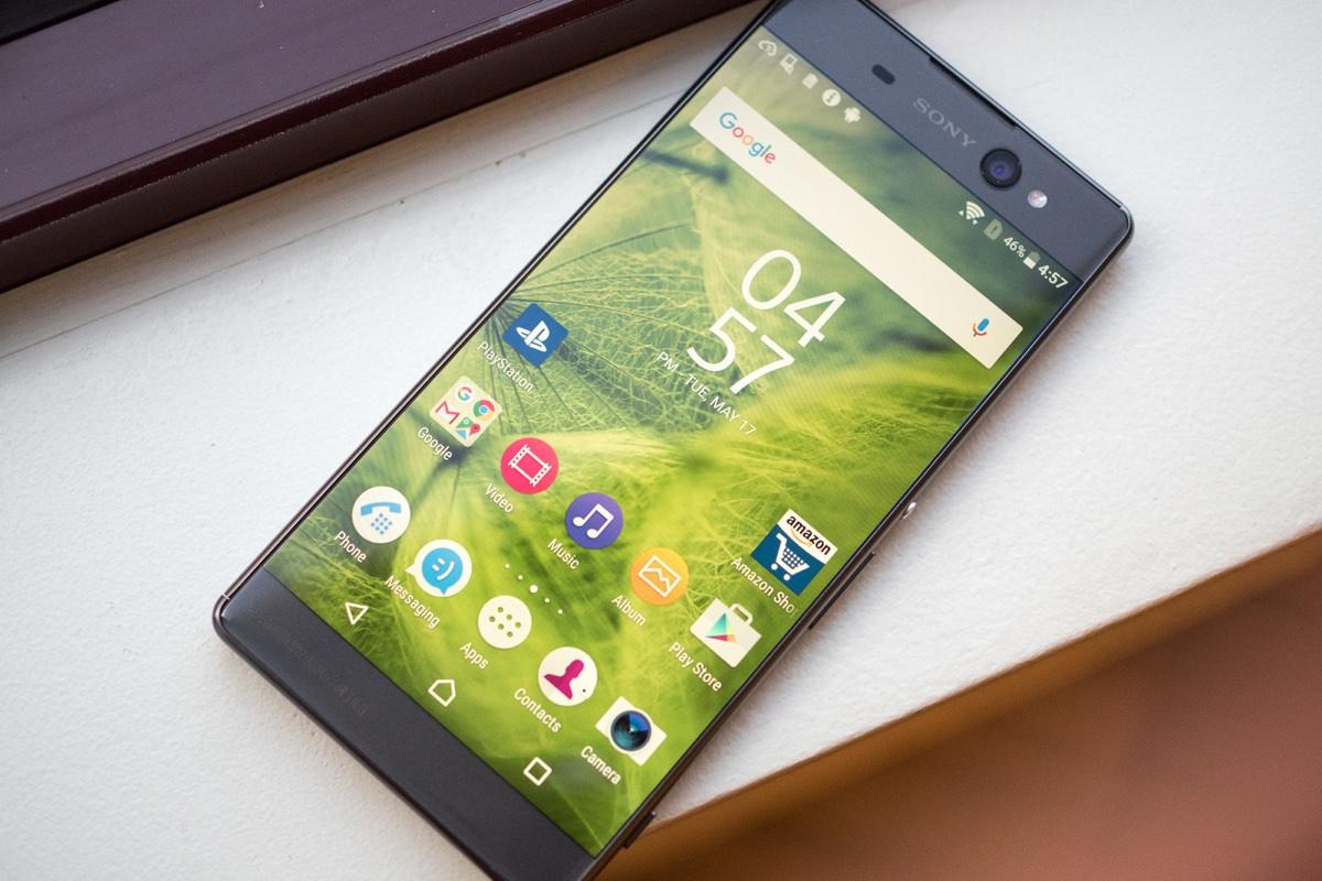 В России начались продажи линейки смартфонов Sony Xperia X