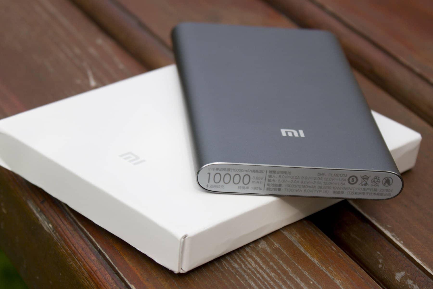 Обзор аккумуляторной батареи Xiaomi Mi Power Bank Pro 10000 мАч с быстрой зарядкой