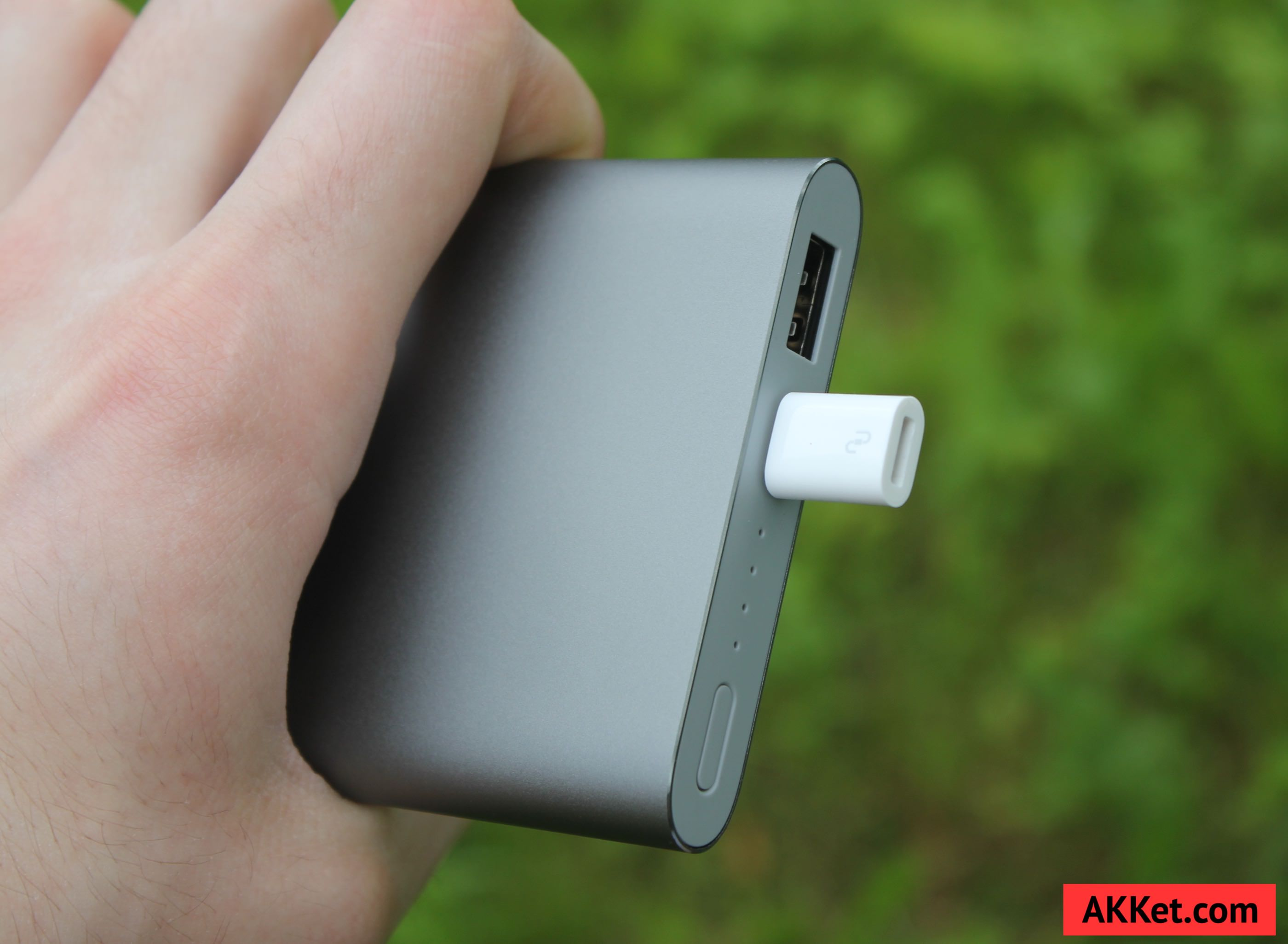 Xiaomi Mi Power Bank Pro 10000 мАч review photo 11