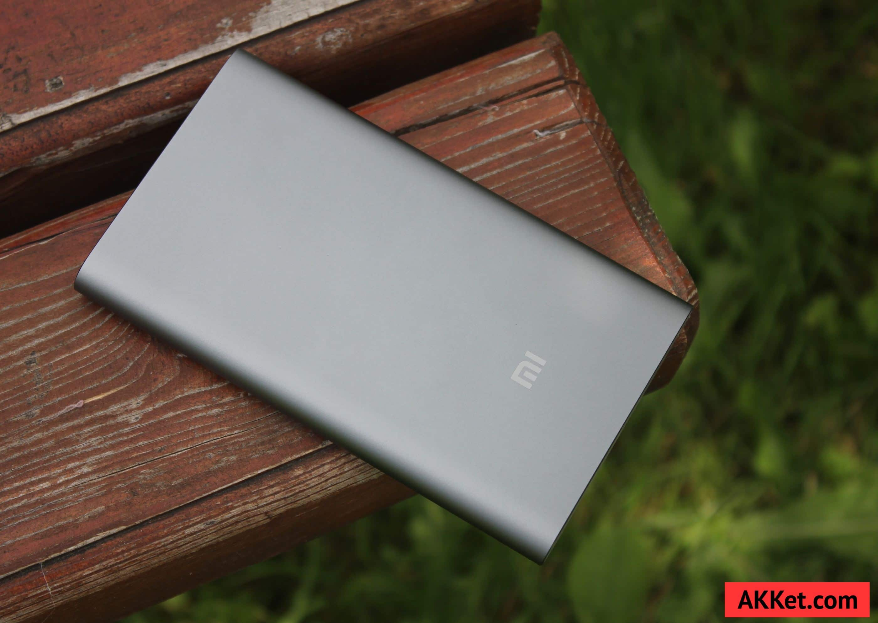 Xiaomi Mi Power Bank Pro 10000 мАч review photo 8
