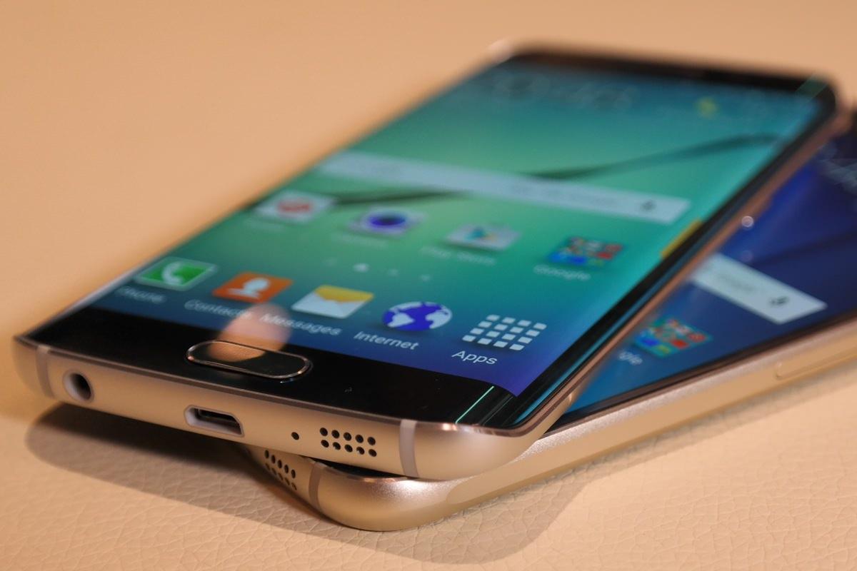 Новый iPhone получит изогнутый с двух сторон дисплей
