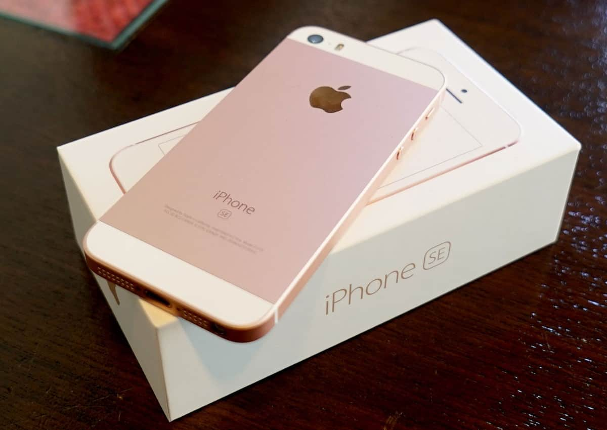 Apple iPhone SE iPhone 6s Russia 3