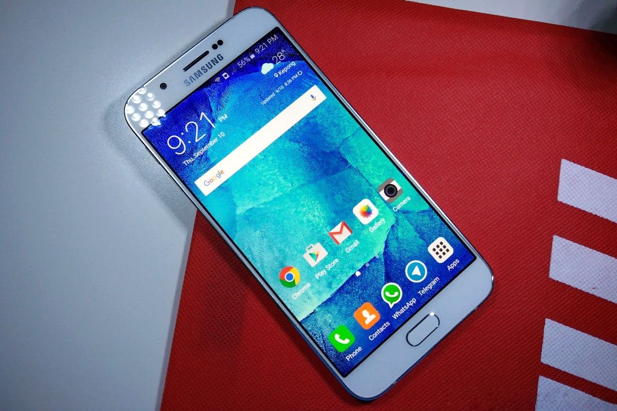Samsung Galaxy A8 начал обновляться до Android 6.0.1 Marshmallow