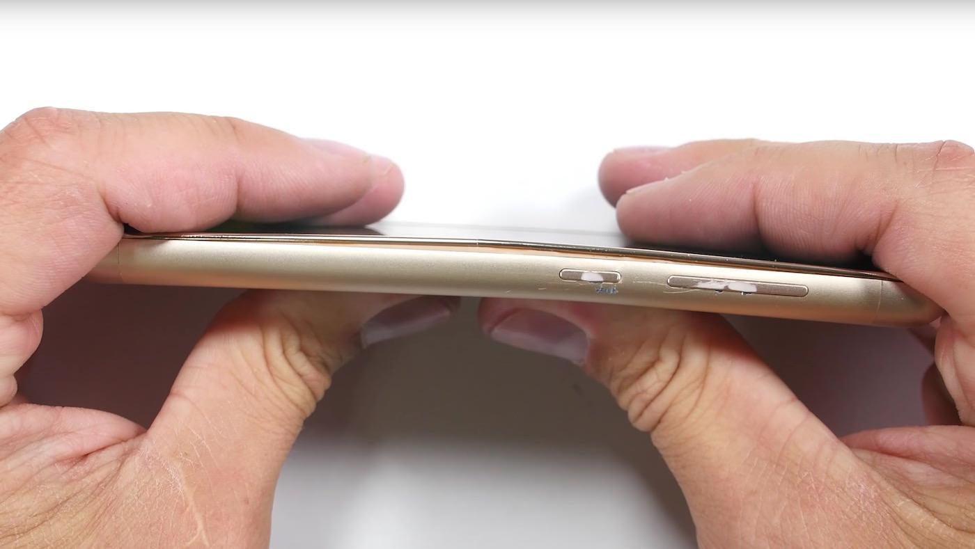 Xiaomi Redmi 3 Pro Bend test 2