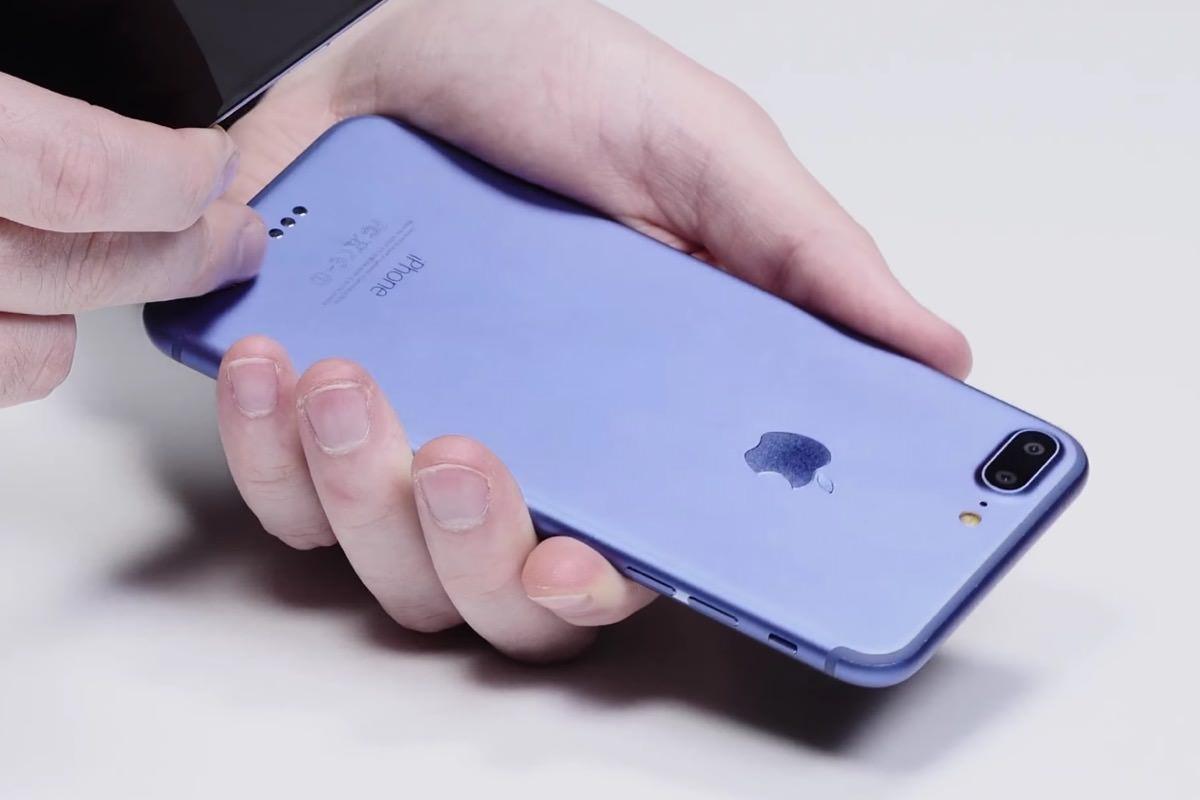 Apple iPhone 7 Plus Deep Blue 0