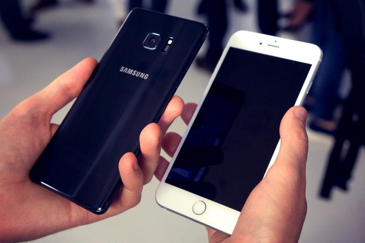 Apple iPhone 7 Samsung Galaxy Note 7 0