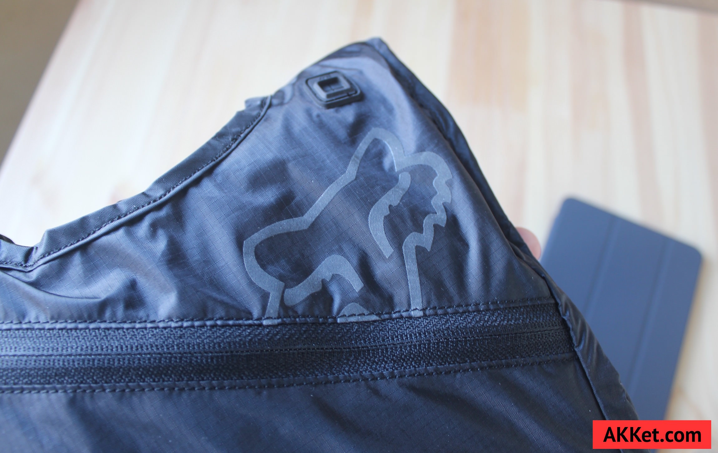Fox Low Pro backpack iPad mini iPhone 4