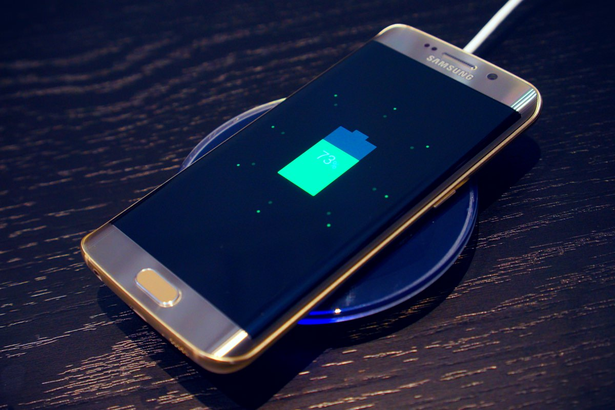 Samsung Wireless Charge Fast iPhone 7 Galaxy Note 7 2