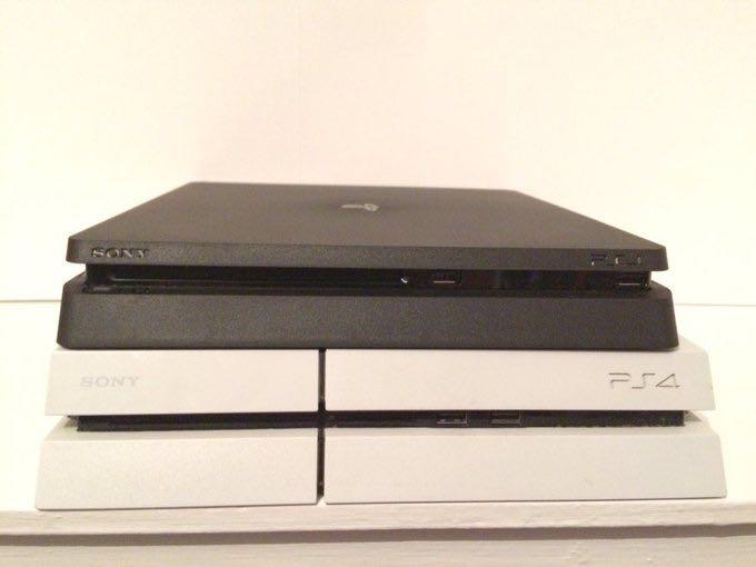 Sony PlayStation 4 Neo 2