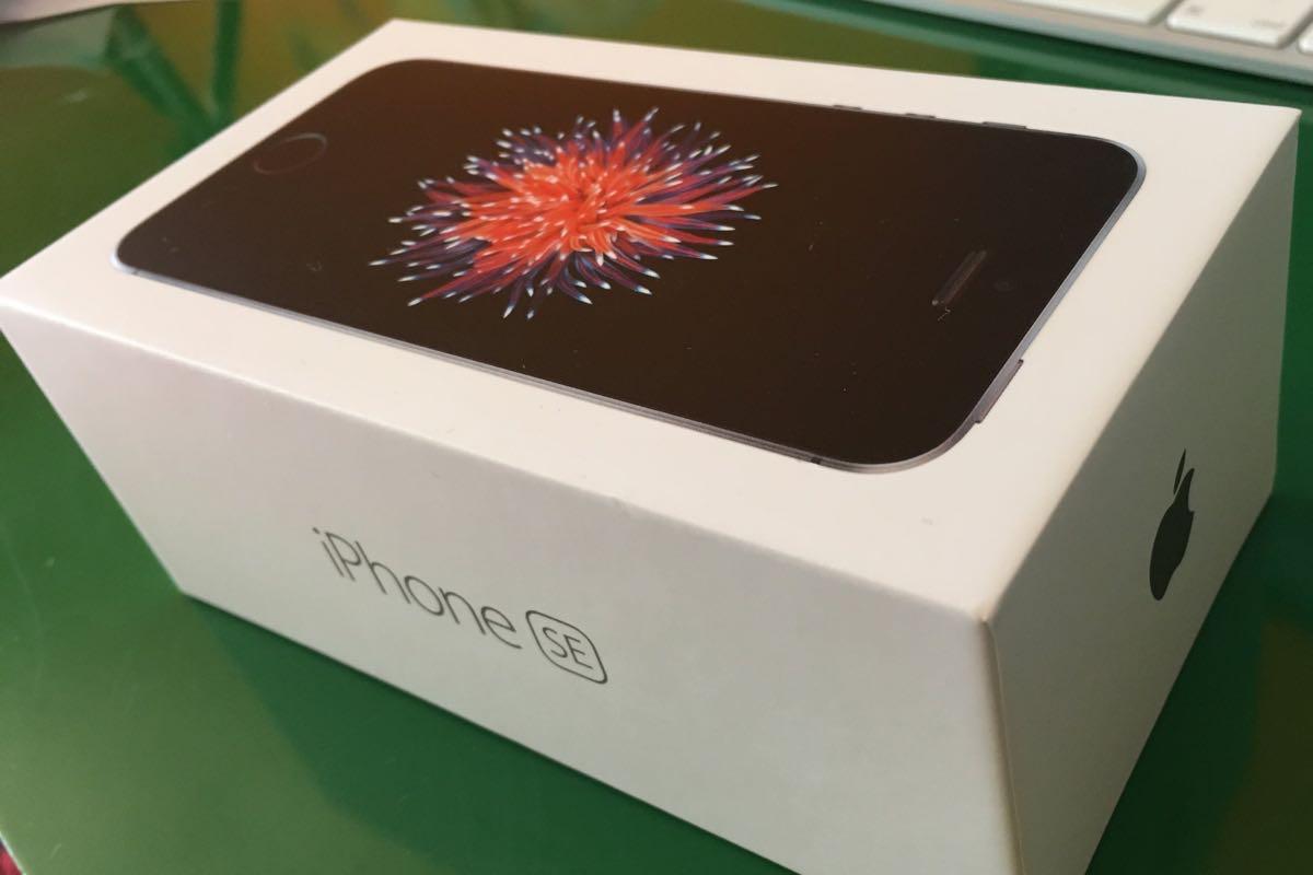 iPhone 6SE BOx fake 4