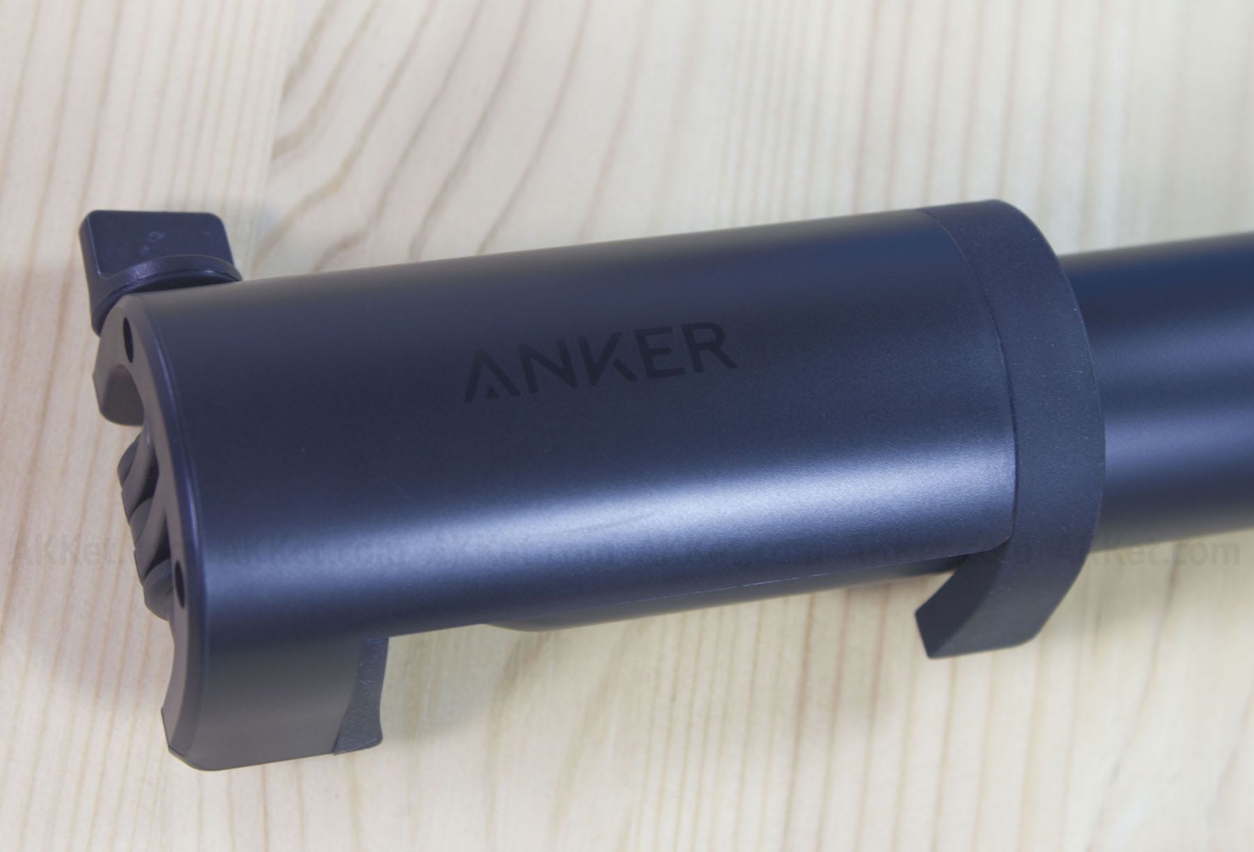 Anker Bluetooth Selfie Stock Review Russia 17