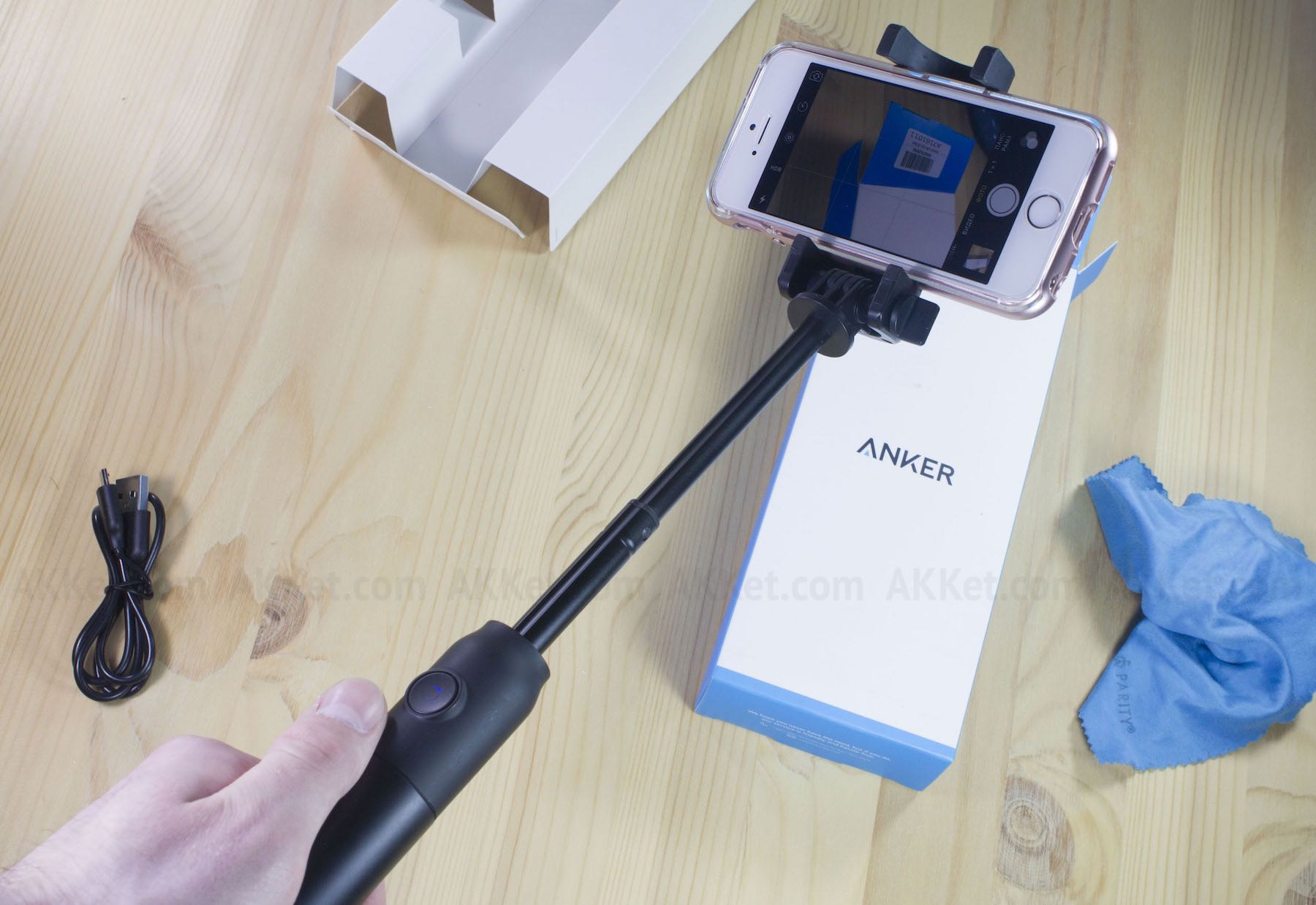Anker Bluetooth Selfie Stock Review Russia 31
